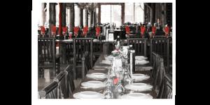 mediterranean restaurant table setting